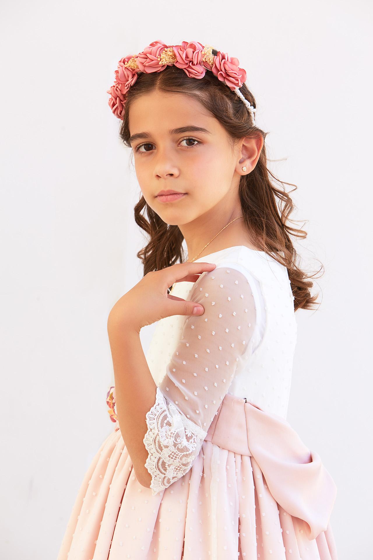 https://www.kidsphotography.es/wp-content/uploads/2021/05/Comunion-Valdespartera-Natalia-2883-©-Kids-Photography-1.jpg