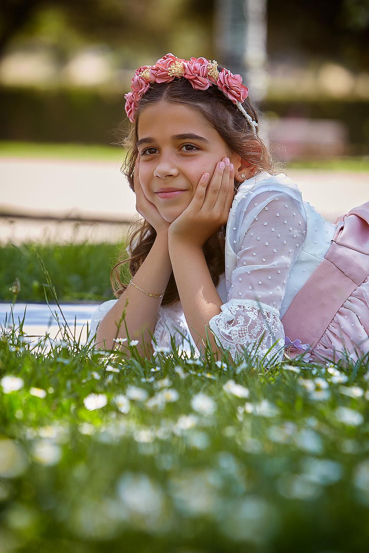 https://www.kidsphotography.es/wp-content/uploads/2021/05/Comunion-Valdespartera-Natalia-3222-©-Kids-Photography.jpg