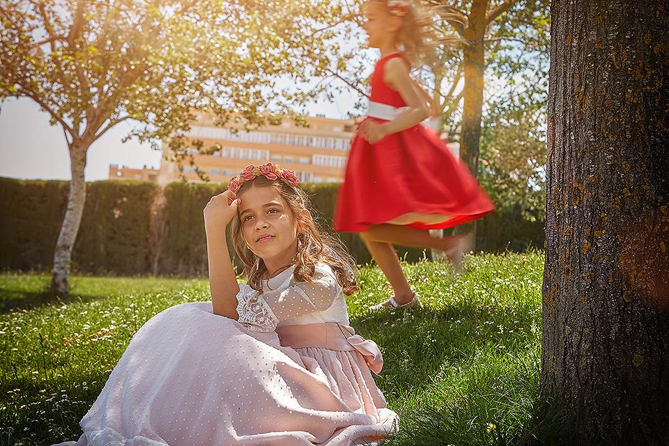 https://www.kidsphotography.es/wp-content/uploads/2021/05/Comunion-Valdespartera-Natalia-3525-©-Kids-Photography.jpg