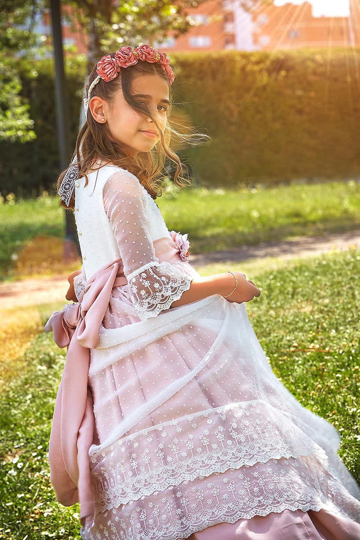 https://www.kidsphotography.es/wp-content/uploads/2021/05/Comunion-Valdespartera-Natalia-3614-©-Kids-Photography.jpg